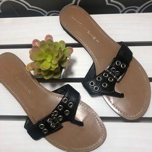 Marc Fisher black thong sandals